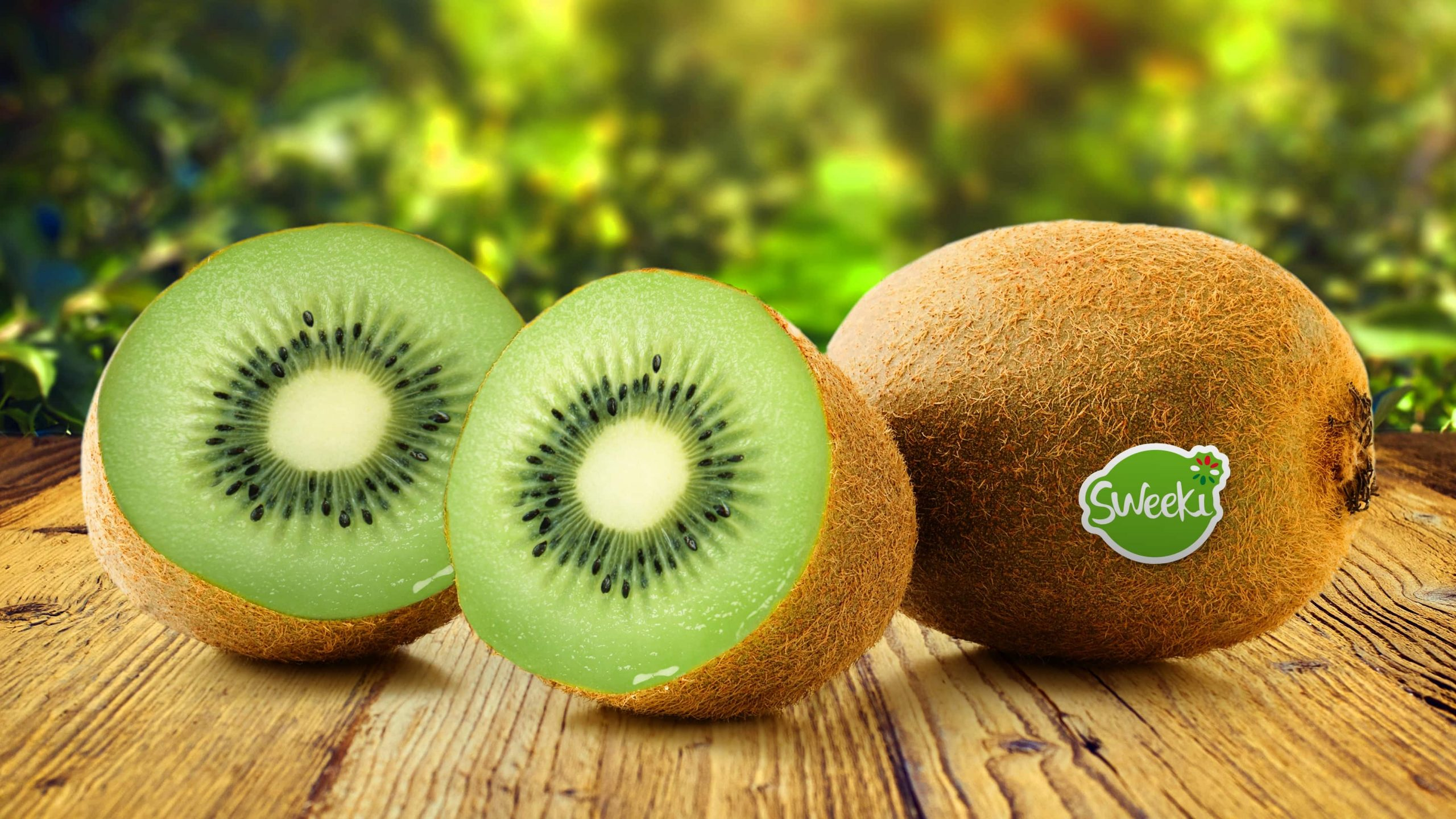 Kiwis Fruit